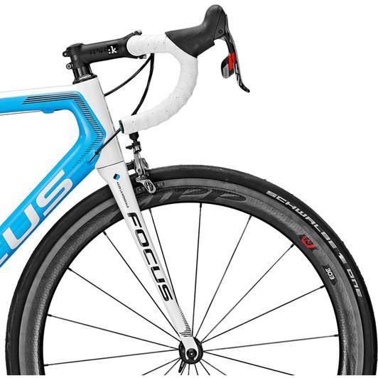 Focus-Izalco-Max-AG2R-Road-Bike-2016-handlebars-fizik-cyrano-zipp-303-SRAM-Red-22