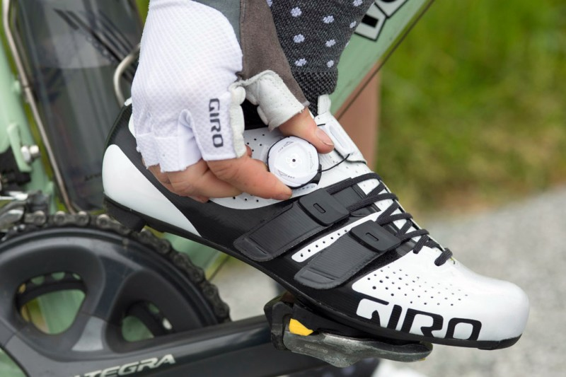 Giro-Factress-Techlace_womens-lace-upBoa-dial_premium-carbon-soled-road-shoes_white-on-bike
