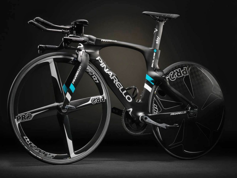 pinarello_bolide-tt_carbon-time-trial-bike_dark_non-driveside