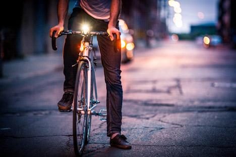 smarthalo-smart-bicycle_dezeen_468_5