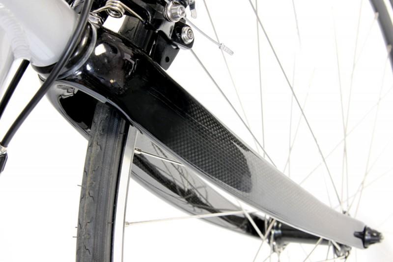 carbon fiber fork